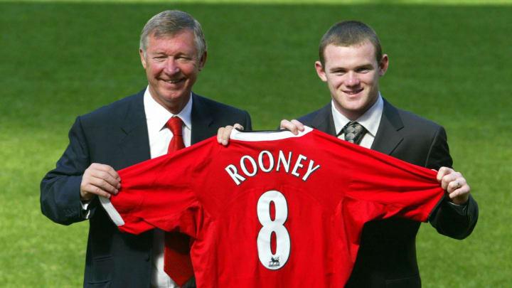 Manchester United's new signing Wayne Ro