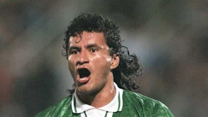 Marco Echeverry de Bolivia festeja luego de conver