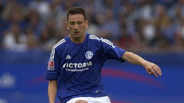 Marco van Hoogdalem of FC Schalke 04 in action