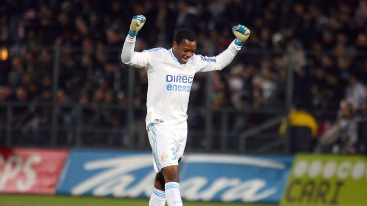 Quintuple meilleur gardien de L1, Mandanda a souvent tenu à flot le navire marseillais ...mais pas ce soir là (fautif sur 2 des 5 buts de Lyon)