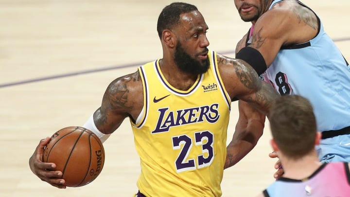 Wizards vs Lakers odds, spread, line, over/under and prediction for NBA game.