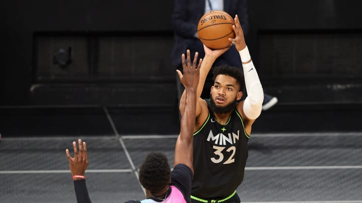 NBA FanDuel fantasy basketball picks and lineup tonight for 4/20/21, including Karl-Anthony Towns.