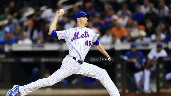 NEW YORK, NEW YORK - SEPTEMBER 25: Jacob deGrom #48 of the New York Mets pitches in the first inning of their game against the Miami Marlins at Citi Field on September 25, 2019 in the Flushing neighborhood of the Queens borough in New York City. (Photo by Emilee Chinn/Getty Images)