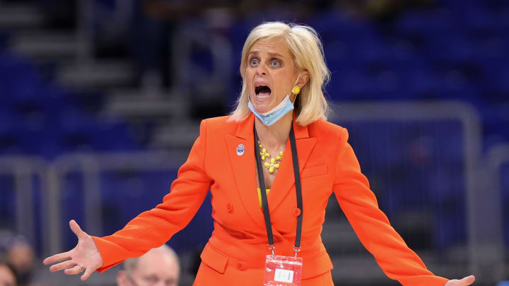 Kim Mulkey during a Sweet 16 game against Michigan.