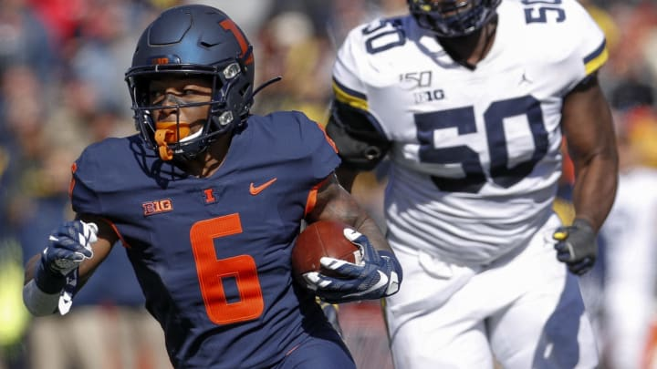 CHAMPAIGN, IL - OCTOBER 12:  Dominic Stampley #6 of the Illinois Fighting Illini runs the ball during the game against the Michigan Wolverines at Memorial Stadium on October 12, 2019 in Champaign, Illinois. (Photo by Michael Hickey/Getty Images)