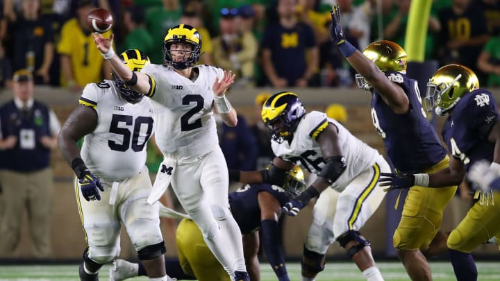 SOUTH BEND, IN - SEPTEMBER 01: Shea Patterson #2 of the Michigan Wolverines throws a pass while playing the Notre Dame Fighting Irish at Notre Dame Stadium on September 1, 2018 in South Bend, Indiana.  (Photo by Gregory Shamus/Getty Images)