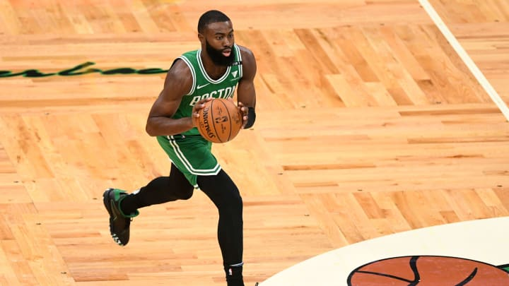 New York Knicks vs Boston Celtics prediction, odds, over, under, spread, prop bets for NBA betting lines today, Sunday, January 17.