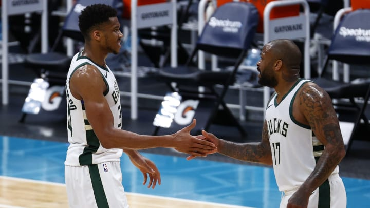 Brooklyn Nets vs Milwaukee Bucks prediction, odds, over, under, spread, prop bets for NBA betting lines today, Sunday, May 2.