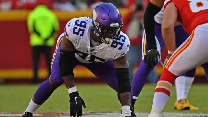 Danielle Hunter needs a partner off the edge now that Everson Griffen is gone.