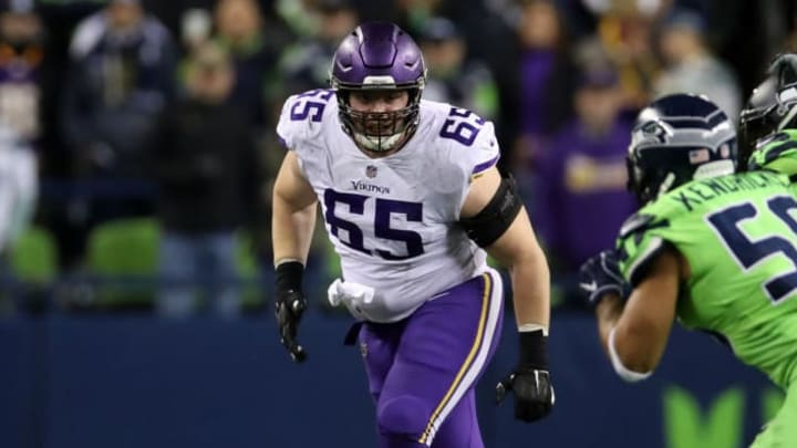 Pat Elflein needs to step his game up, or he'll be riding bench.