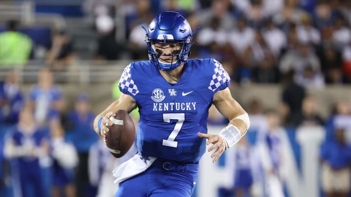 Chattanooga vs Kentucky prediction and college football pick straight up for a Week 3 matchup between UTC vs UK.