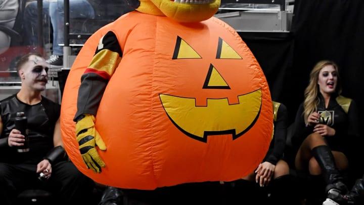Pumpkin spice mascot torso.