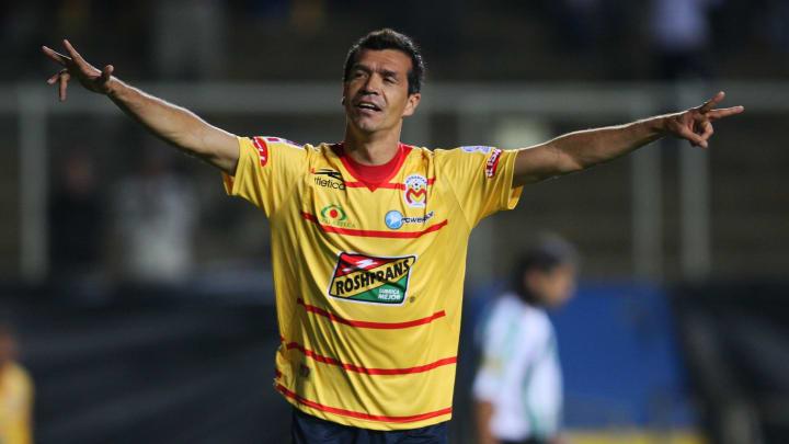 Morelia v Banfield -2010 Libertadores