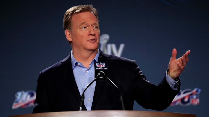 NFL Commissioner Roger Goodell has announced that all team facilities must close by Wednesday evening.