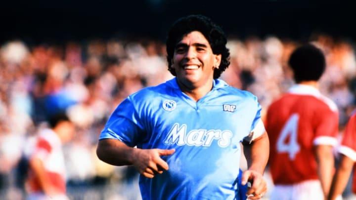 Maradona avec le Napoli en 1988