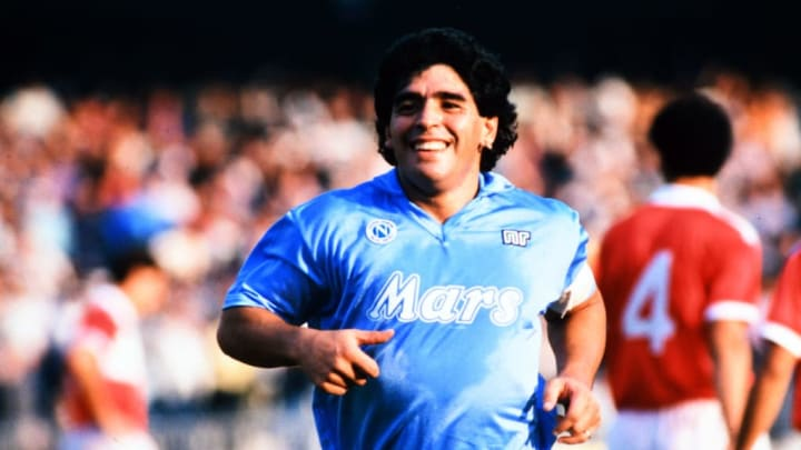 Diego es más que Dios en Nápoles