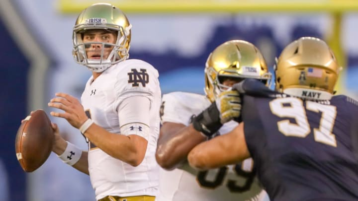 Notre dame vs navy betting line boxing betting