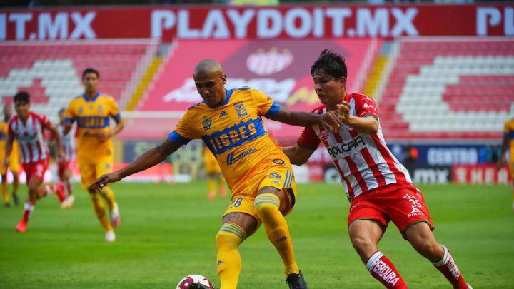 Luis Rodriguez, Jose Cobian
