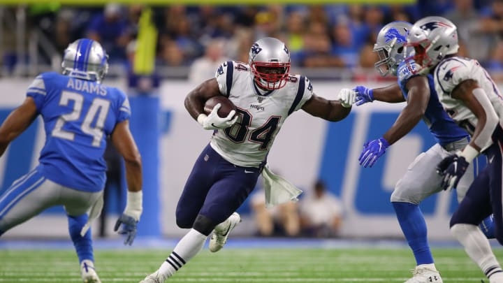 DETROIT, MICHIGAN - AUGUST 08: Benjamin Watson #84 of the New England Patriots looks for yards after a second quarter catch while playing the Detroit Lions during a preseason game at Ford Field on August 08, 2019 in Detroit, Michigan. (Photo by Gregory Shamus/Getty Images)