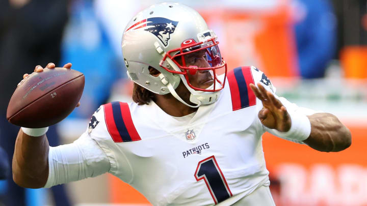 Cardinals vs Patriots spread, odds, line, over/under and prediction for Week 12 NFL game.