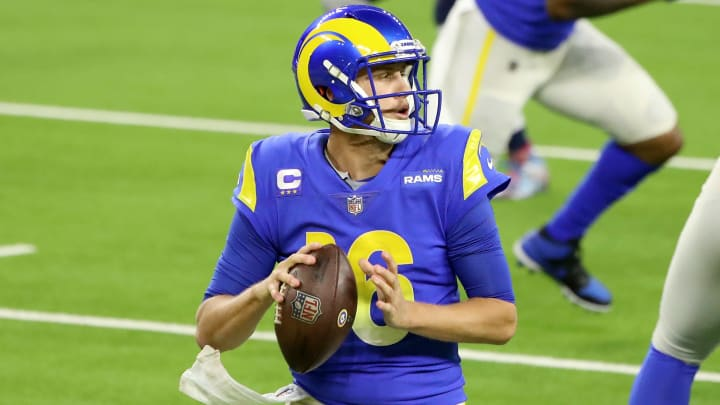 New York Jets vs Los Angeles Rams spread, odds, line, over/under and prediction for Week 15 NFL game.