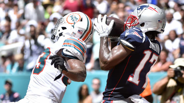 MIAMI, FL - SEPTEMBER 15: Antonio Brown #17 of the New England Patriots catches a touchdown in the second quarter of the game against the Miami Dolphins at Hard Rock Stadium on September 15, 2019 in Miami, Florida. (Photo by Eric Espada/Getty Images)