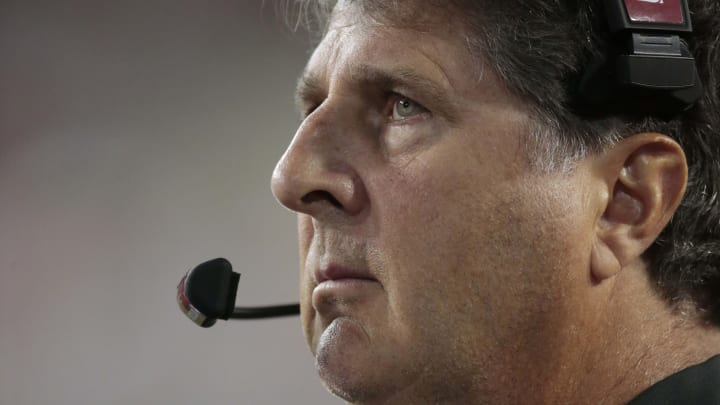 PULLMAN, WASHINGTON - AUGUST 31:  Head coach Mike Leach of the Washington State Cougars looks on in the second half against the New Mexico State Aggies at Martin Stadium on August 31, 2019 in Pullman, Washington.  Washington State defeats New Mexico State 58-7.  (Photo by William Mancebo/Getty Images)