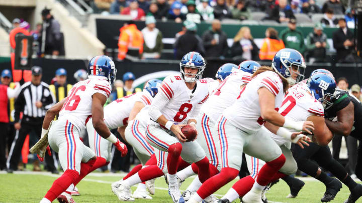 EAST RUTHERFORD, NEW JERSEY - NOVEMBER 10:  Daniel Jones #8 of the New York Giants in action against the New York Jets during their game at MetLife Stadium on November 10, 2019 in East Rutherford, New Jersey. (Photo by Al Bello/Getty Images)