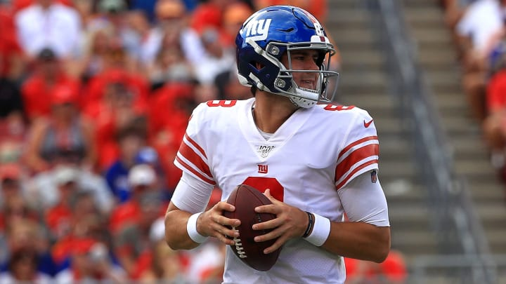 TAMPA, FLORIDA - SEPTEMBER 22: Quarterback Daniel Jones #8 of the New York Giants looks to throw a pass against the Tampa Bay Buccaneers in the second quarter during the game at Raymond James Stadium on September 22, 2019 in Tampa, Florida. (Photo by Mike Ehrmann/Getty Images)