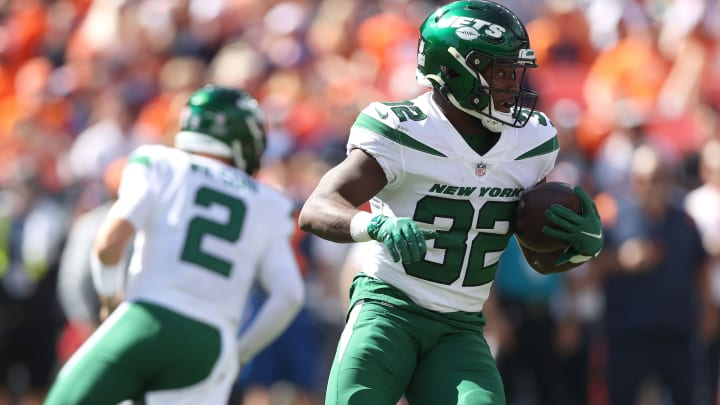 NY Jets: Michael Carter scores first Jets TD in 9 quarters