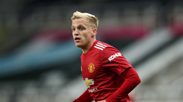 Manchester United Fans Slam Club Over Official Tweet About Donny van de Beek