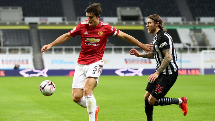 Manchester United vs Newcastle United odds, prediction, lines, spread, date, stream & how to watch Premier League match.