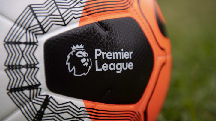 Nike Premier League Strike Football...