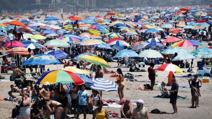 Crowded beach.