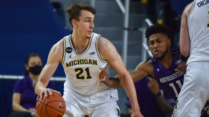 Minnesota vs Michigan spread, odds, line, over/under, prediction and picks for Wednesday's NCAA men's college basketball game.