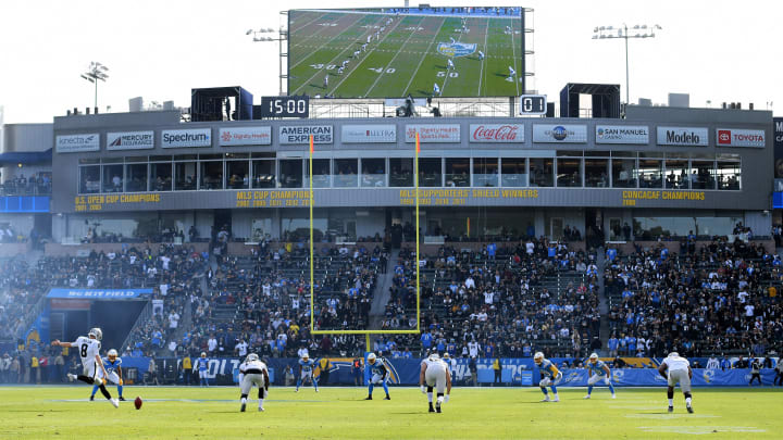 Nfl In Person Attendance Hits 15 Year Low And It S Obvious Why