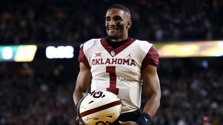 WACO, TEXAS - NOVEMBER 16:  Jalen Hurts #1 of the Oklahoma Sooners at McLane Stadium on November 16, 2019 in Waco, Texas. (Photo by Ronald Martinez/Getty Images)