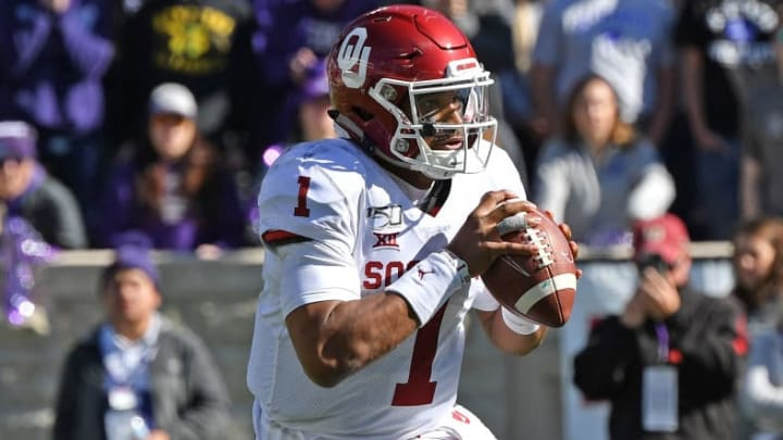 MANHATTAN, KS - OCTOBER 26:  Quarterback Jalen Hurts #1 of the Oklahoma Sooners rolls out against the Kansas State Wildcats during the second half at Bill Snyder Family Football Stadium on October 26, 2019 in Manhattan, Kansas. (Photo by Peter G. Aiken/Getty Images)