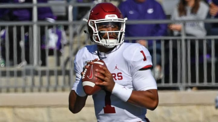 MANHATTAN, KS - OCTOBER 26:  Quarterback Jalen Hurts #1 of the Oklahoma Sooners looks down field against the Kansas State Wildcats during the first half at Bill Snyder Family Football Stadium on October 26, 2019 in Manhattan, Kansas. (Photo by Peter G. Aiken/Getty Images)