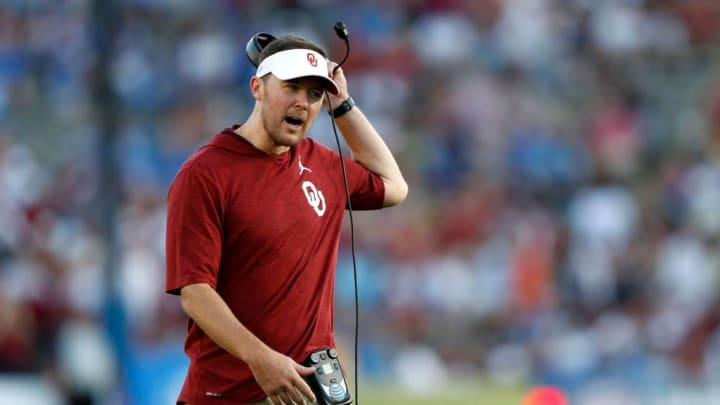 LOS ANGELES, CALIFORNIA - SEPTEMBER 14:  Head coach Lincoln Riley of the Oklahoma Sooners looks on during the first half of a game against the UCLA Bruins on at the Rose Bowl on September 14, 2019 in Los Angeles, California. (Photo by Sean M. Haffey/Getty Images)