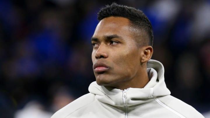 Olympique Lyonnais v Juventus - UEFA Champions League