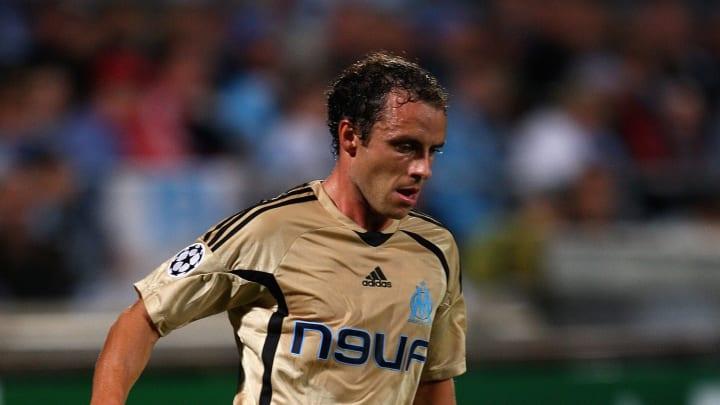 Formé à Tours, Laurent Bonnart a joué trois saisons à l'OM (2007-2010, 138 matches) avant de s'envoler pour Monaco