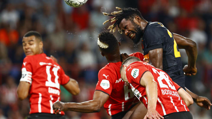 PSV e Galatasaray disputam vaga | PSV Eindhoven vs Galatasaray - UEFA Champions League