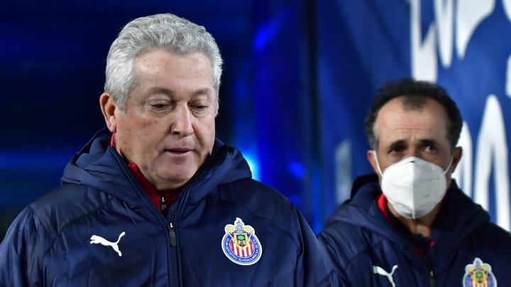 En conferencia de prensa, el entrenador de Chivas mostró su frustración