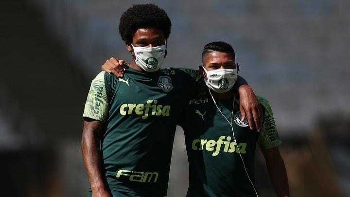 Luiz Adriano e Rony vão a campo, quarta-feira, na Argentina