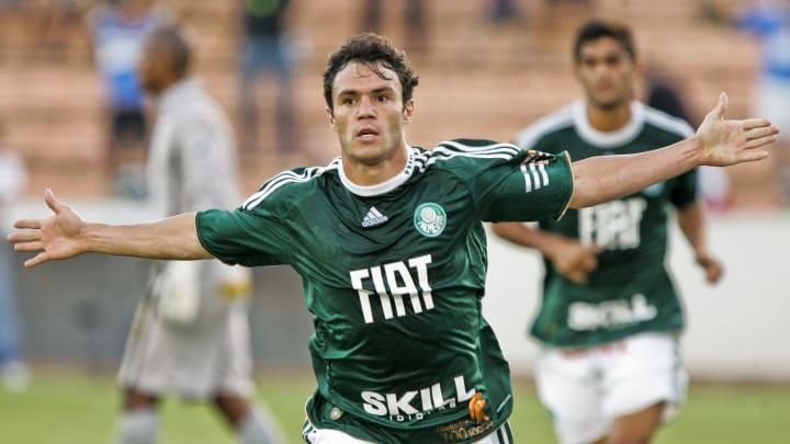 Kleber Gladiador Grêmio Palmeiras Mercado