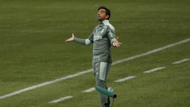 Abel Ferreira foi um show à parte na vitória contra o Inter