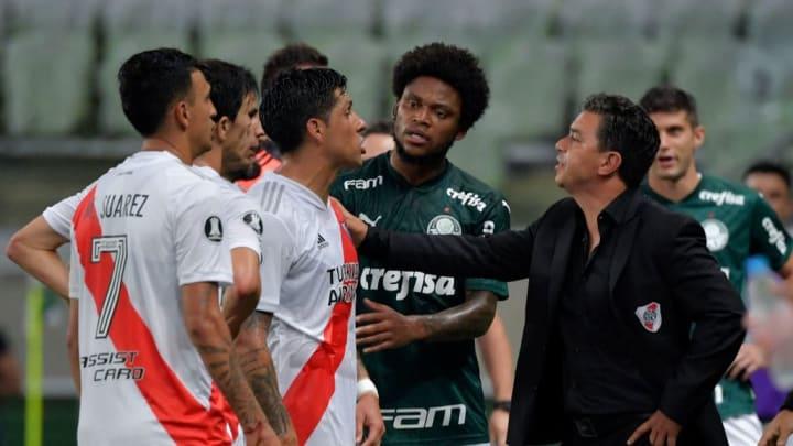Seis futbolistas de River Plate quieren hacer las maletas