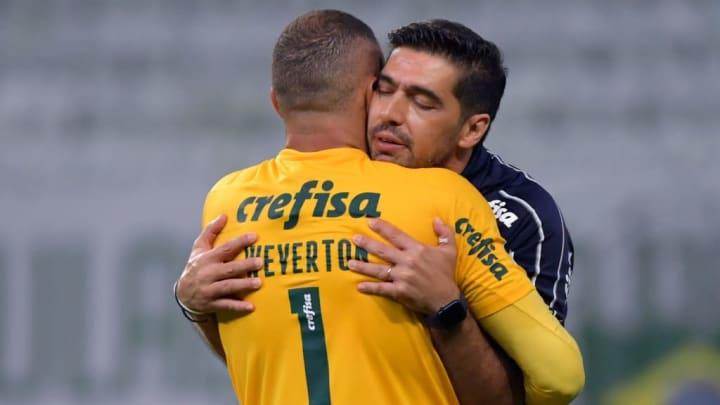 Além das boas atuações no comando do Verdão, Abel Ferreira está entrosado com seu elenco.