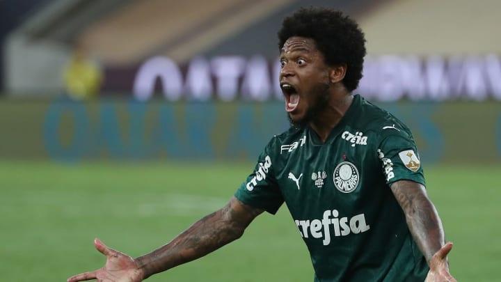 Atacante do Palmeiras testou positivo para a Covid-19 novamente